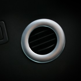 Обрамление дефлекторов вентиляции в потолке Форд Эксплорер