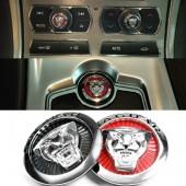 Металлические шильдики с логотипом Jaguar