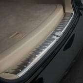 Накладка на порог багажника RX