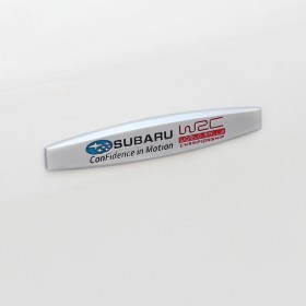 Шильдики на двери с логотипом Субару