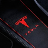 Коврики для ниш в салоне Tesla S