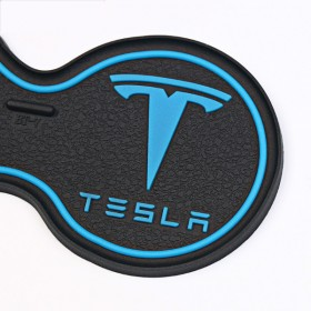 Противоскользящие коврики для ниш салона Тесла S