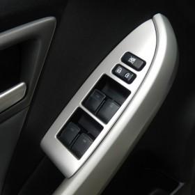 Обрамления кнопок управления стеклами Тойота Приус 30