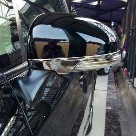 Молдинги на зеркала Тойота Приус 30