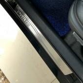 Накладки на внешние пороги дверей Prius