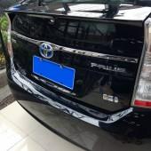 Молдинг двери багажника Prius