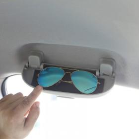 Очечник вместо водительской ручки двери Тойота рав4