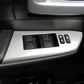 Обрамления кнопок управления стеклами Тойота Тундра